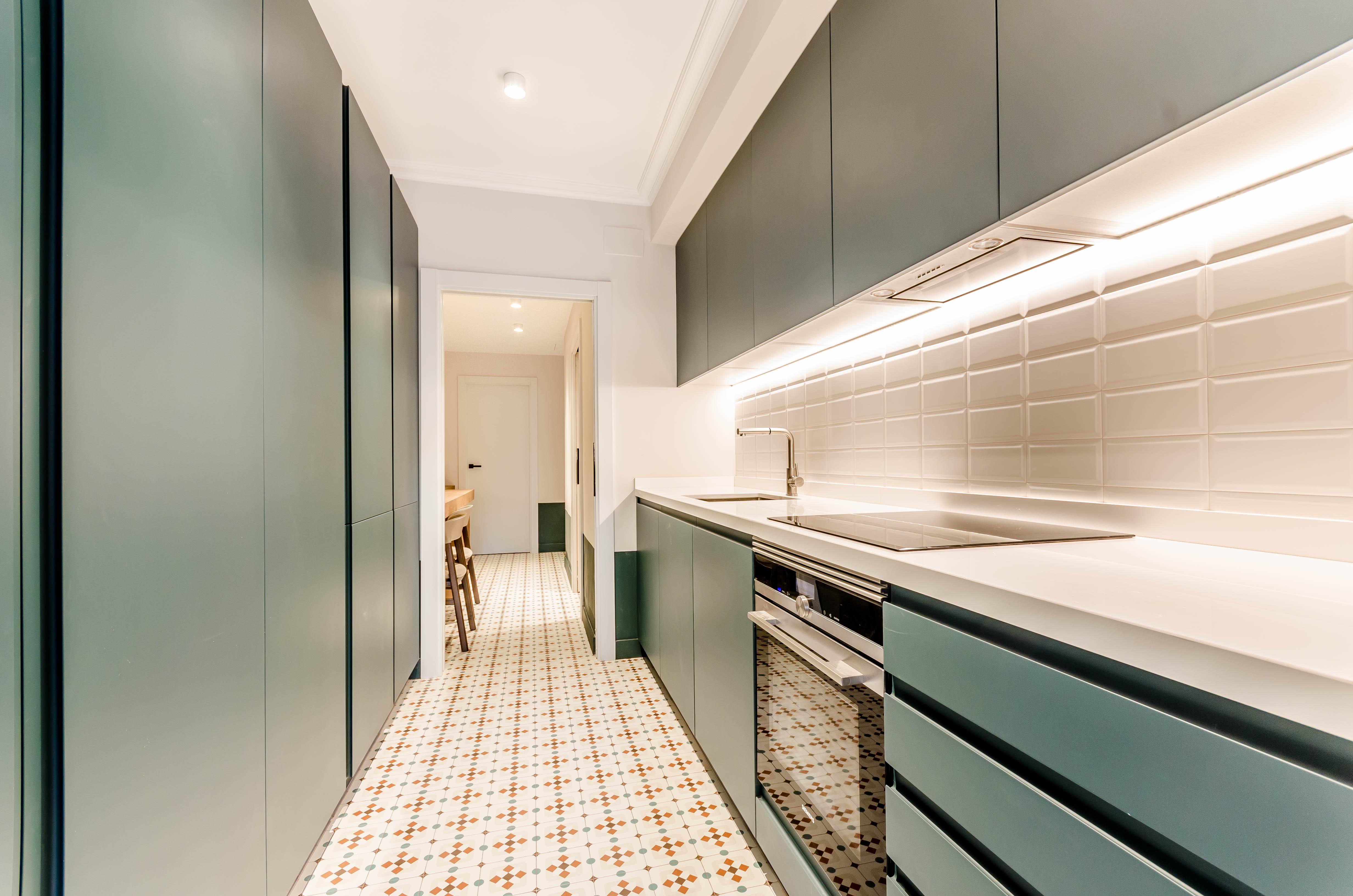 Piso en Barcelona - eixample. Balc�n.3 bedrooms. For sale: 435.000 €.