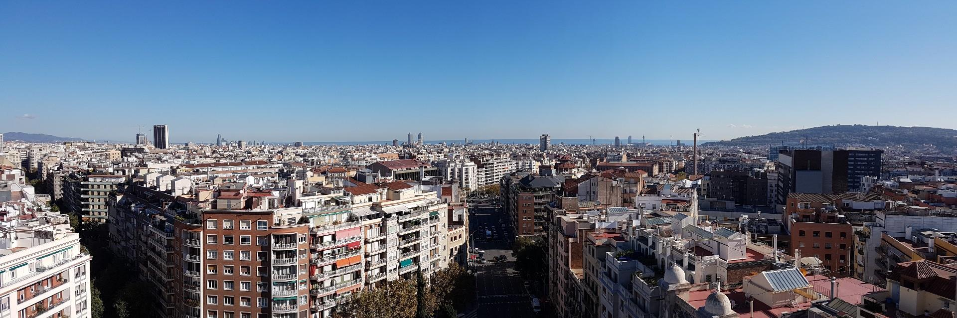 Apartment in Barcelona. Private parking, Terrace.2 bedrooms. For sale: 840.000 €.
