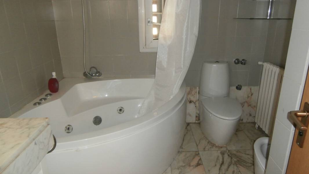 Apartment in Barcelona - vila olimpica. Near the sea, Terrace.2 bedrooms. For sale: 630.000 €.