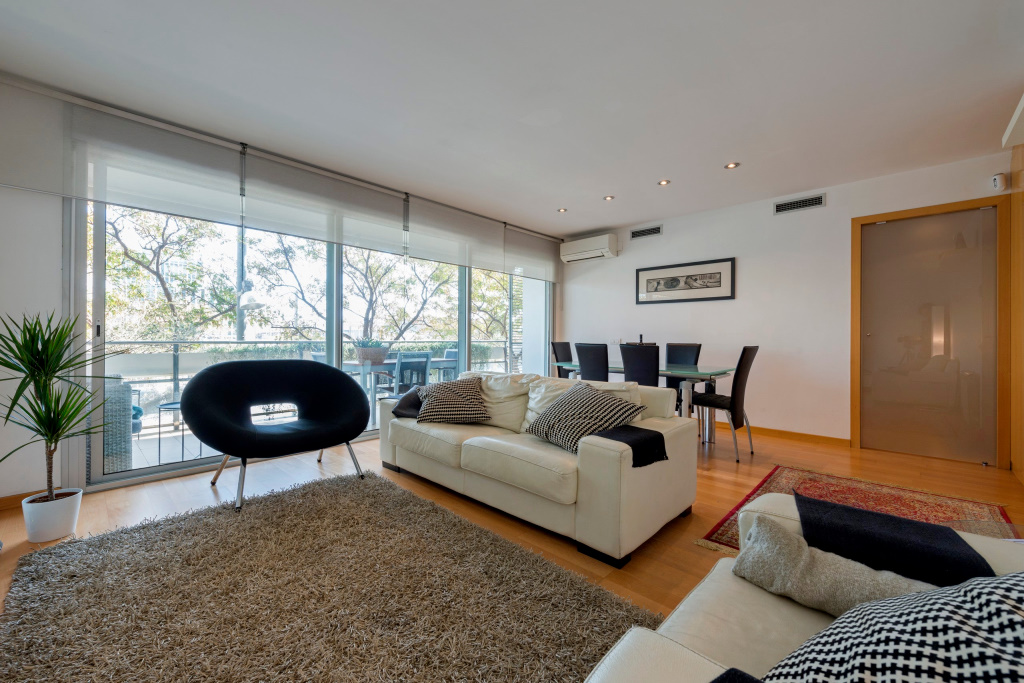 Apartment in Sant Adria de Besos - diagonal mar. Sea first line, Private parking, Terrace.3 bedrooms. For sale: 600.000 €.