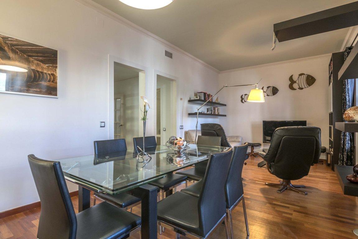 Apartment in Barcelona - ciutat vella. Balcony.3 bedrooms. For sale: 710.000 €.