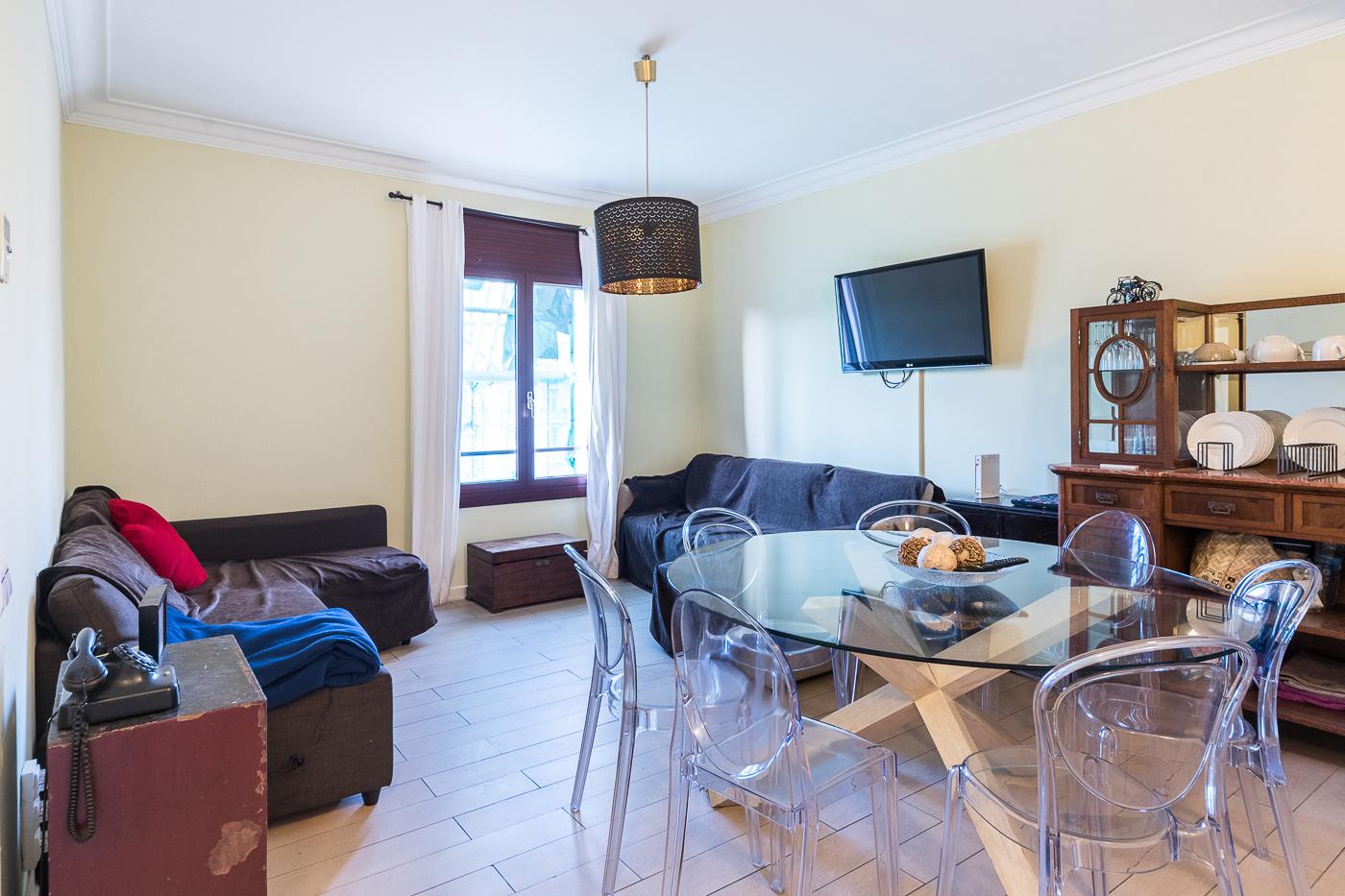 Квартира in Барселона - Эшампле. 3 bedrooms. For sale: 525.000 €.