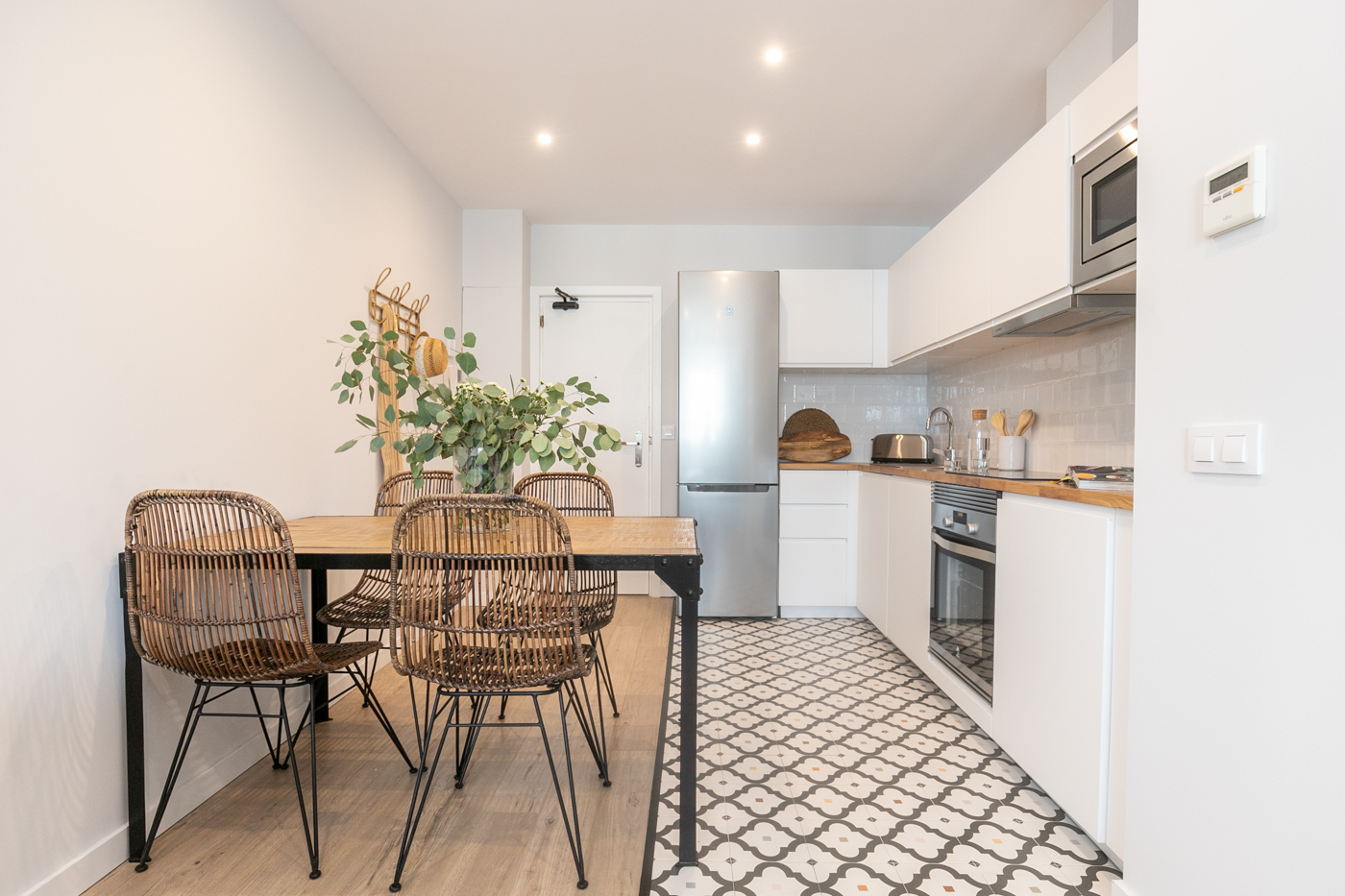 Apartment in Barcelona - eixample. 2 bedrooms. For sale: 425.000 €.