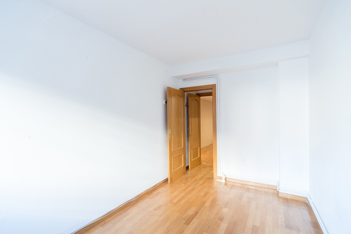 Apartment in . 3 bedrooms. For sale: 295.000 €.