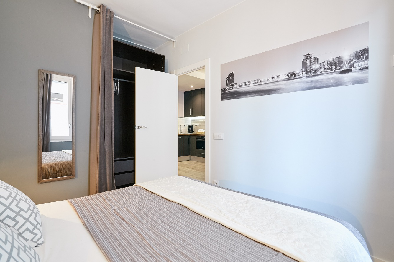 Investment project in Barcelona - poble nou. Balcony, Terrace.3 bedrooms. For sale: 449.000 €.