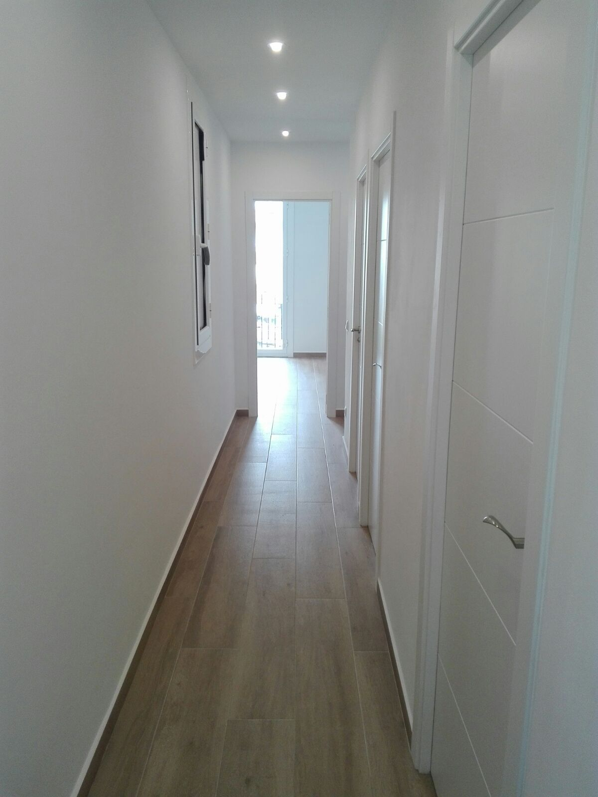 Apartment in Barcelona - eixample. Balcony.3 bedrooms. For sale: 380.000 €.