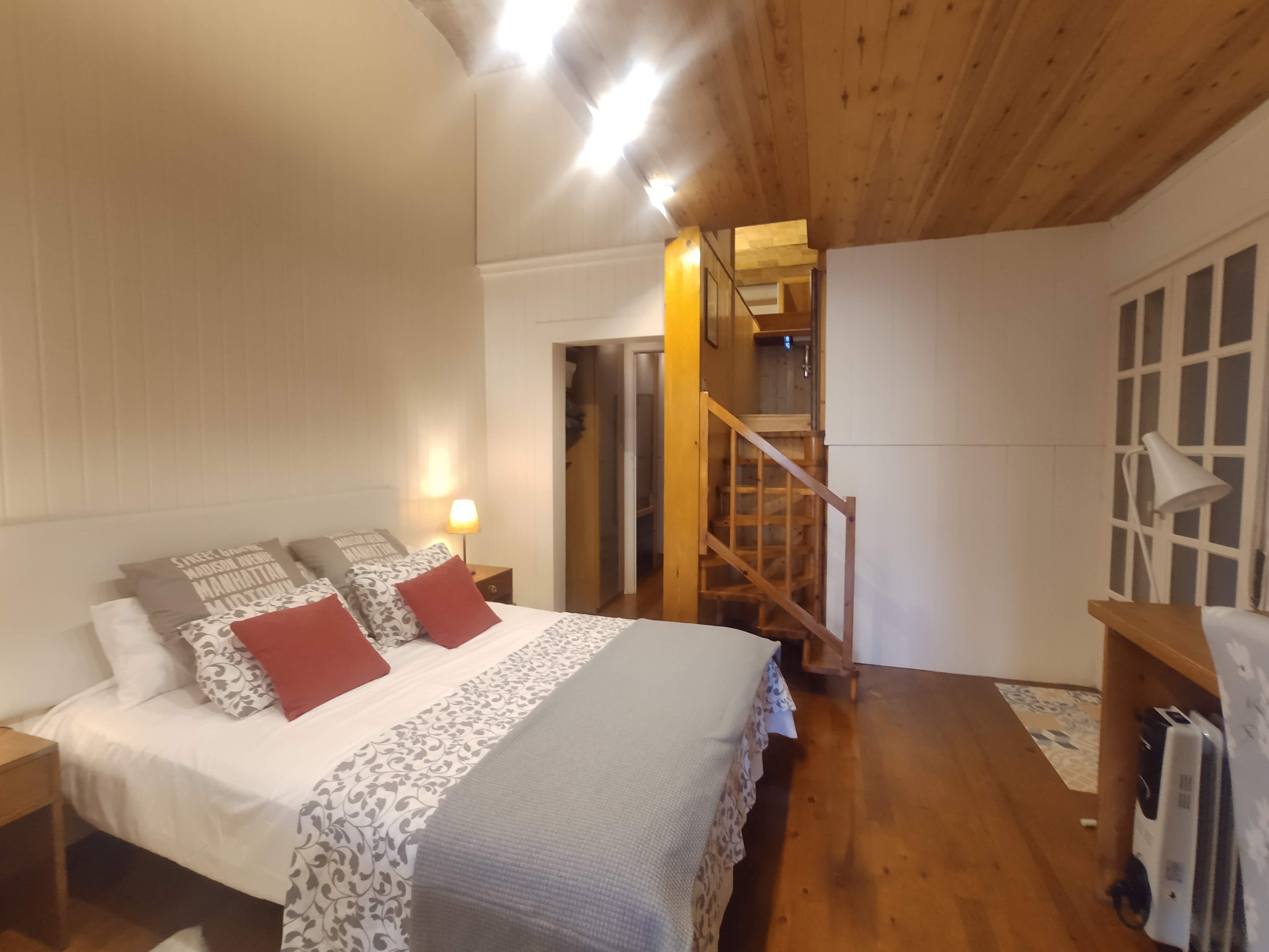 Piso en barcelona - eixample. 1 bedrooms. For sale: 295.000 €.
