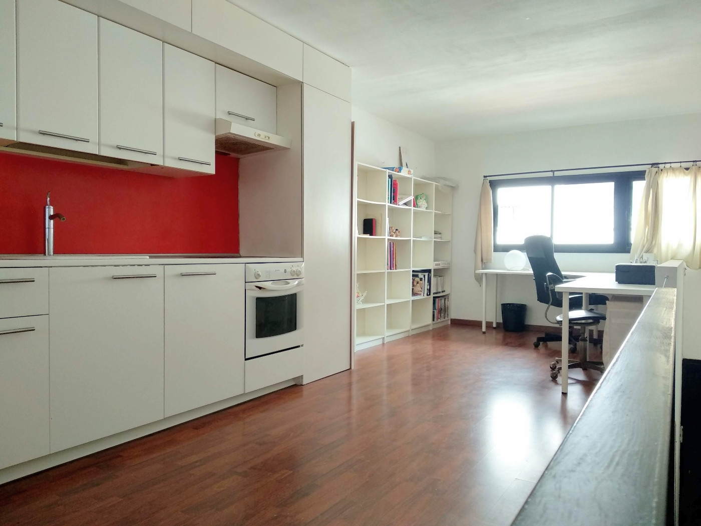 Apartment in Barcelona - ciutat vella. Terrace.1 bedrooms. For sale: 179.000 €.