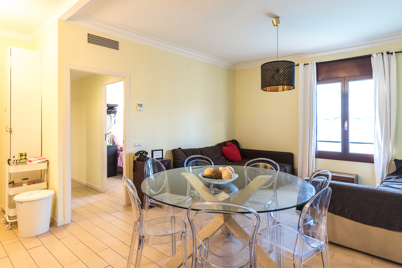 Piso en Barcelona - eixample. 3 bedrooms. For sale: 525.000 €.