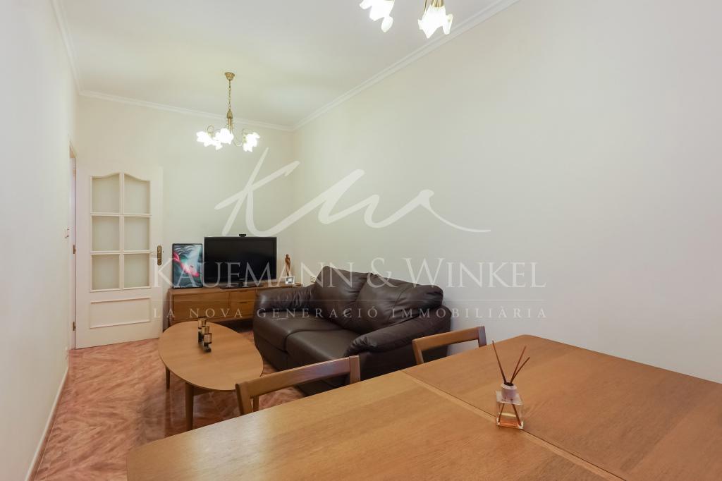 Piso en Barcelona - other. Terraza.2 bedrooms. For sale: 315.000 €.